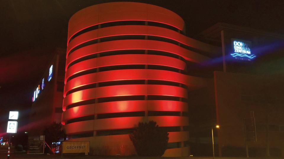Donau-Einkaufszentrum-beteiligt-sich-an-Lichtaktion